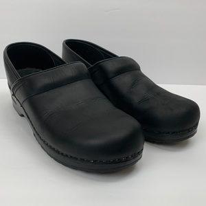 Dansko Professional Black Oiled Clogs Size 43